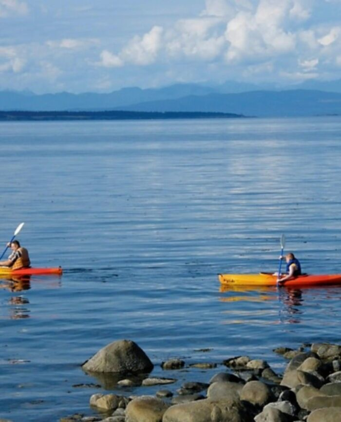 Activities at Shady Shores Beach Resort located near Qualicum Beach on Vancouver Island BC