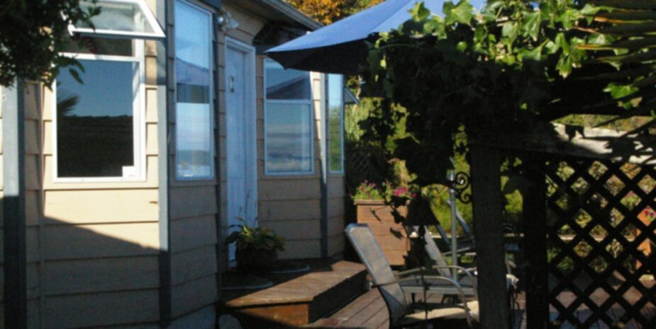 Shady Shores Beachfront Cottages | Beachfront Vacation Rentals