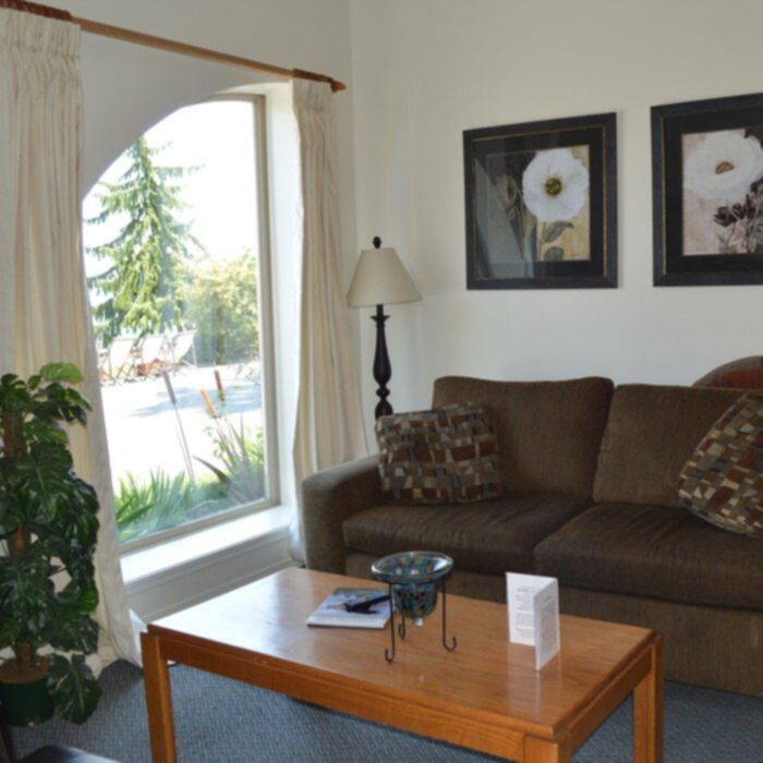 Shady Shores Beachfront 2 Bedroom Suite