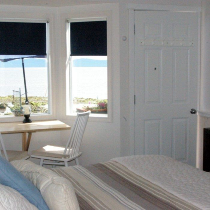 Shady Shores Beach Resort Beachfront Cottage | Vacation Rentals