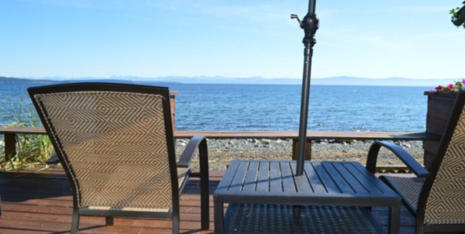 Shady Shores Beach Resort Beachfront Cottage | Vancouver Island BC